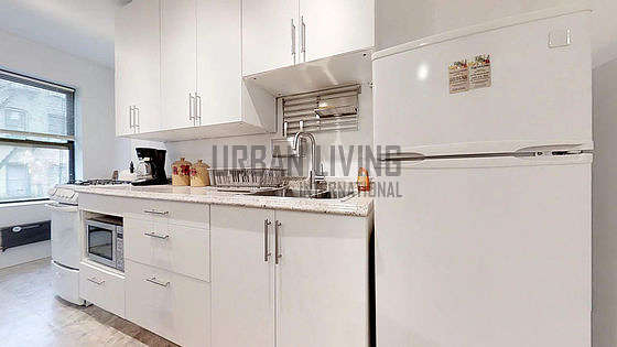 New York East 9th Street Ny Monthly Furnished Rental 1 Bedroom