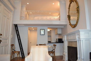 New York 1 bedroom Town house