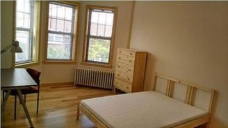 Ridgewood 5 bedroom Apartment