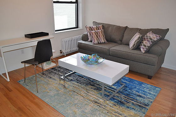 Peachy 2 Bedroom Furnished Apartment With Wifi Only Bronx 810 Sqft Rental 2 500 Month Interior Design Ideas Grebswwsoteloinfo