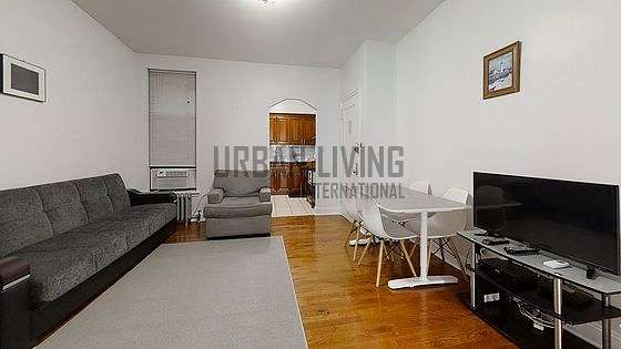 Long Island City 43rd Street Monthly Furnished Rental 1