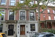 Townhouse Harlem - Building