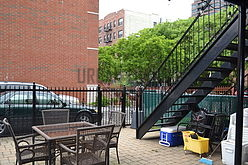 Apartment Harlem - Yard