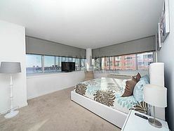Apartment Hell's Kitchen - Bedroom
