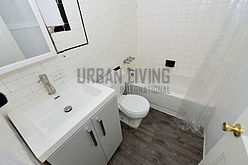 Apartment Midtown West - Bathroom