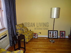 House Bronx - Living room