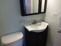 Duplex Midtown West - Bathroom