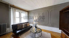 House Crown Heights - Living room